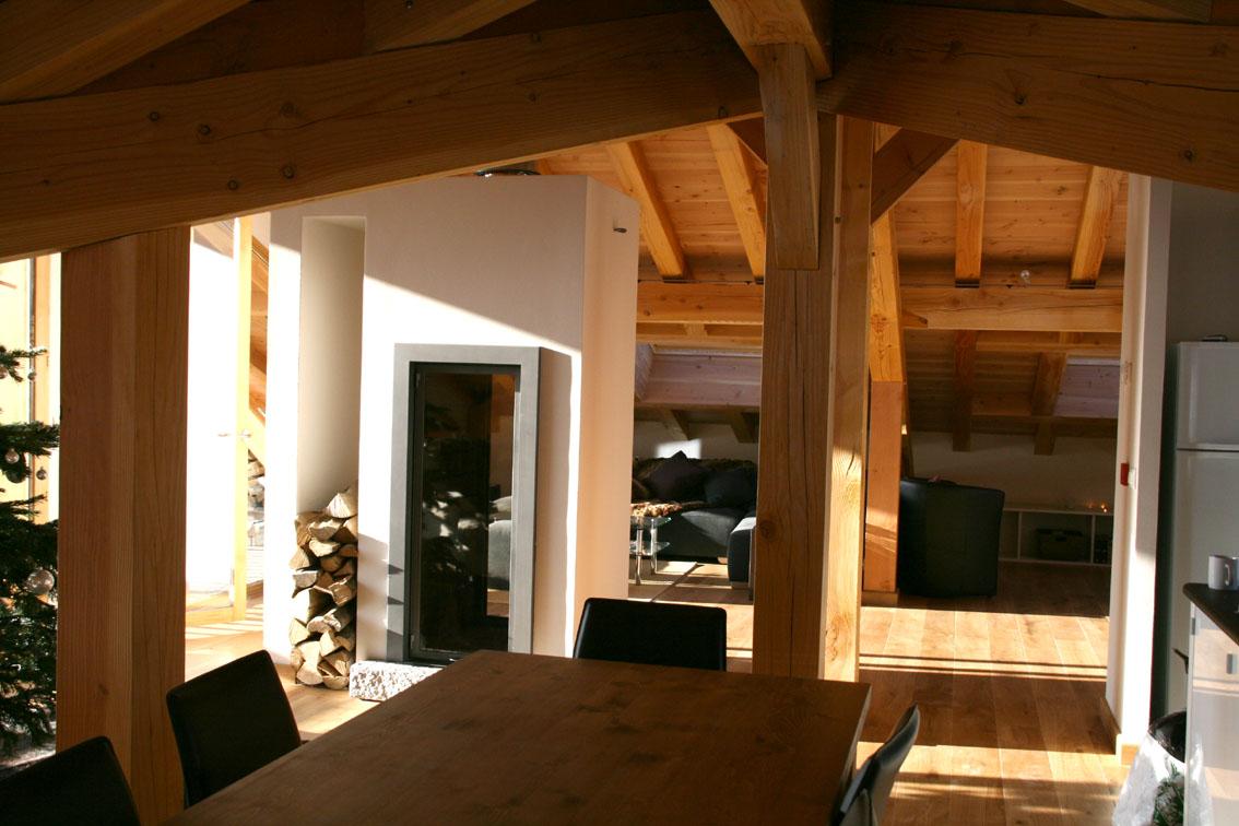 Installation Foyer Vertical Design